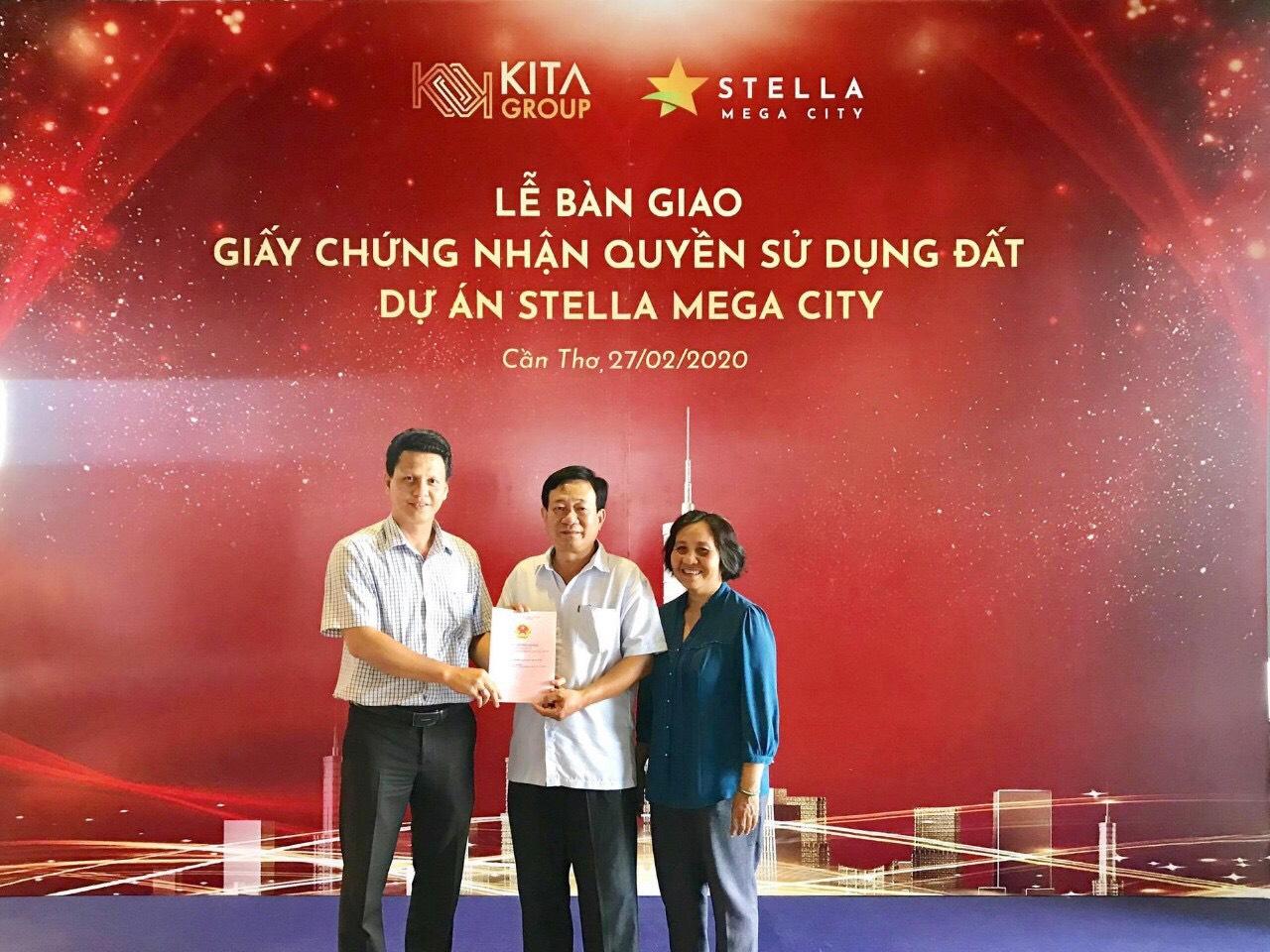 Lễ trao sổ đỏ Stella Mega City